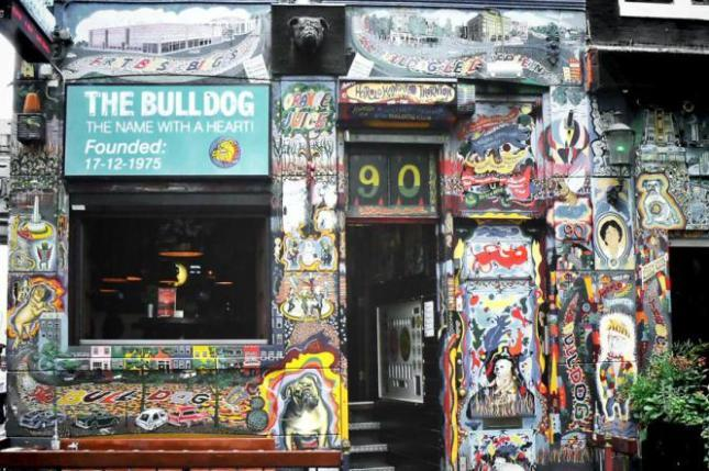 A Timeless Smoking Trip in a Historical Setting – the Bulldog Coffeeshop nr 90
