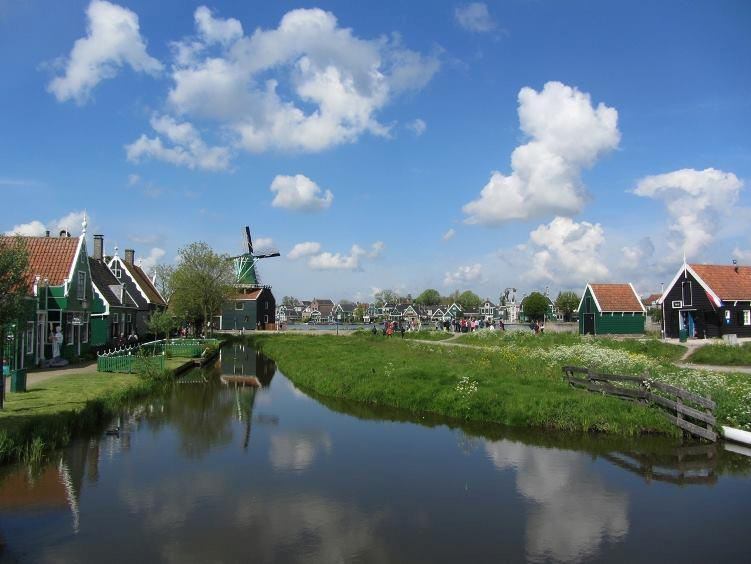 Amsterdam Day Trips: Historical Habits at the Zaanse Schans